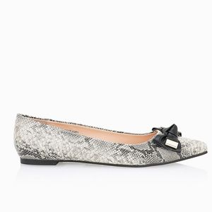 Topshop Shoes - Topshop Pointed Flats Snakeskin Print Bow Apple